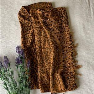 Raj | Leopard print scarf